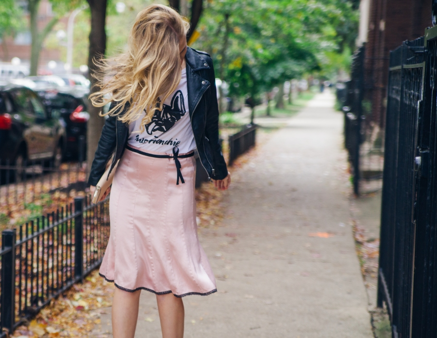 Three Ways to Style Your Skirts This Winter – BETWEEN THE LINER aff02eefcfa